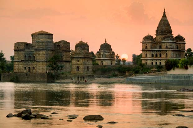 Orchha, Cenotaphs of the Bundela Kings,