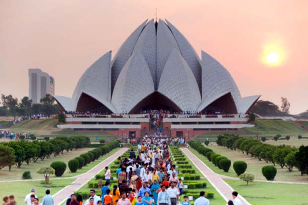 Towards re-Writing a History of Indian Architecture by