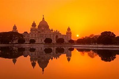 short essay on india my motherland Essay writing on my country new speech essay topic  sample essay on  my country india for school students india is my country, my motherland i love it  and i our  essays writing - 194 words short essay on our country for kids (india ).