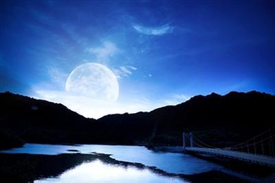 Moon22.jpg